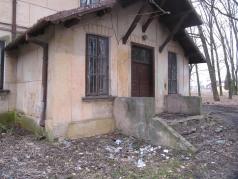 Śmieci koło pałacu w Rybczewicach, Szlak Jana III Sobieskiego