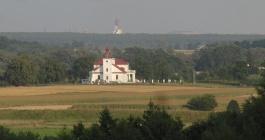 Rezerwat Królewski Kąt - widok na pałac w Czumowie