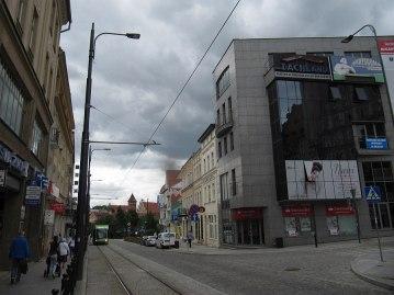 Widok na końcowy przystanek tramwaju w Olsztynie. Dalej na Stare miasto tramwaj nie jeździ.