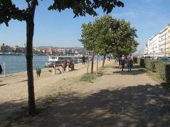 Bulwar na Dunajem, kurz, klepisko, syf